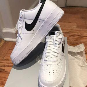 Nike Air Force One Brand New